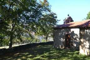 Ermita de San Antonio en Llendemozó (Cabuérniga)