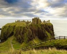 dunnottar_castle_aberdeen_scotland-934x