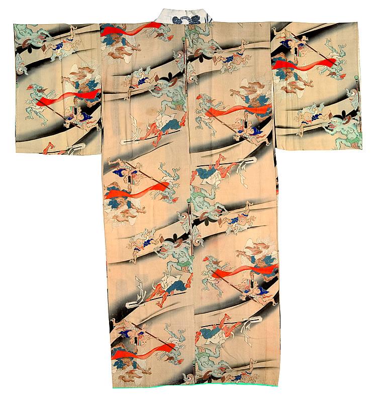 Kimono con motivos del desfile nocturno de los cien demonios / Periodo Edo en adelante, siglos XIX-XX / Miyoshi City