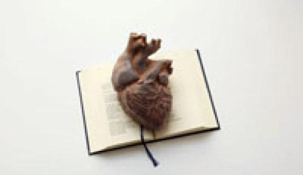 Claudio Parmiggiani, Parla anche tu, 2005, libro e cuore di ferro