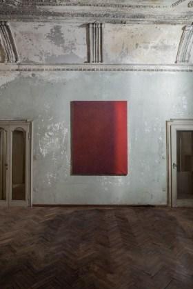 Luca Macauda, Senza titolo, 2013, pastello a secco su carta, cm 186x132