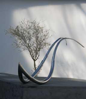 Andrea Forges Davazati, Ciliato, 2007, acciaio inossidabile Foto Monica Castiglioni