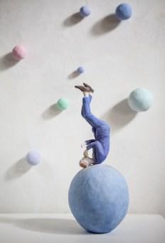 Pino Deodato, Mangiava le stelle per vederci meglio, 2013, terracotta policroma, 40x15x15 cm