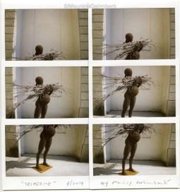 Maurizio Galimberi, Sei Per me (scultura di Fabrizio Pozzoli)