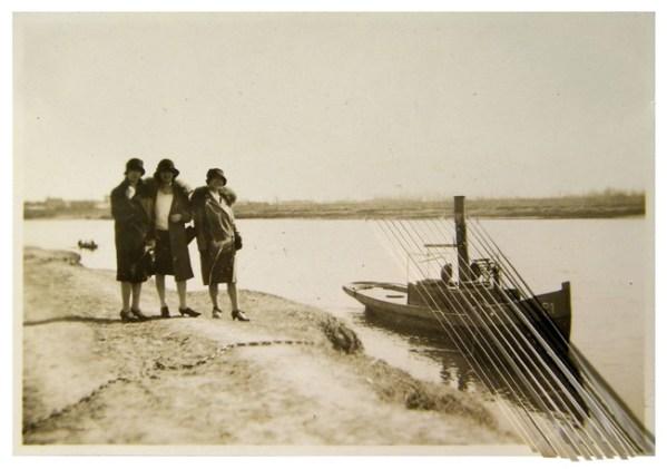 L'orma, Untitled, 5,5x8cm, intervento manuale su fotografia antica