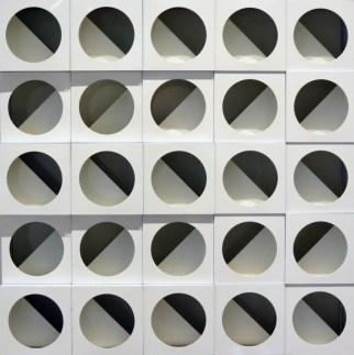 Galleria 2000&Novecento - Paolo Scheggi, Struttura modulare bianca, 1969, alluminio e smalto bianco, cm. 50x50