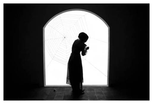 VIDEOINSIGHT AWARD Shadi Ghadirian Miss Butterfly 6 2011 Inkjet print 70x100
