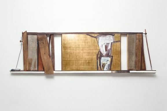 Giuseppe Maraniello, Tueio, 2005, legno, acrilici e foglia d'oro, 60x200 cm Courtesy Fondazione Marconi