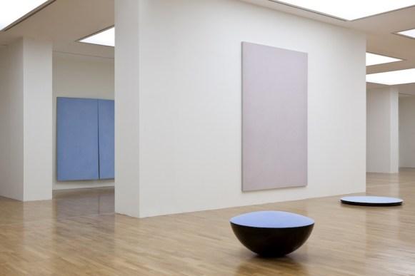 Ettore Spalletti, veduta della mostra, GAM, Torino 2014 Courtesy GAM Galleria Civica d'Arte Moderna e Contemporanea, Torino Foto Werner J. Hannappel