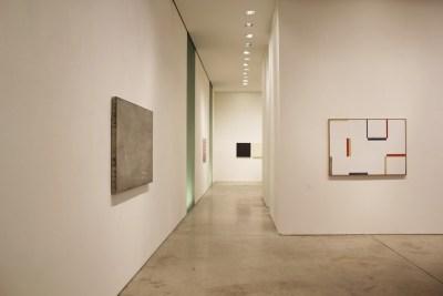 Pittura Analitica. Ieri e Oggi Parte I: Ieri (1970-1980), veduta della mostra, Primo Marella Gallery, Milano Courtesy Primo Marella Gallery