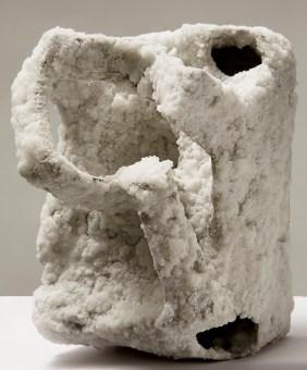 Luisa Elia, Cum grano salis, 2013, tecnica mista con sale, 18x14x12 cm Foto © Annalisa Guidetti, Giovanni Ricci