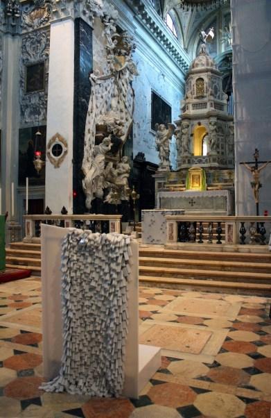 Alberto Gianfreda, altare e ambone, vista d'insieme, Chiesa di San Nicola da Tolentino, Venezia