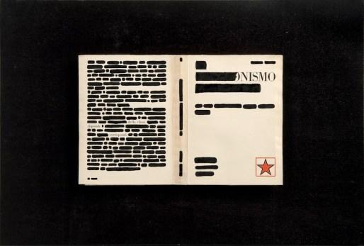Emilio Isgrò, La risposta, 1971, china su libro tipografico in box di legno e plexiglass, 40x59 cm, Collezione privata