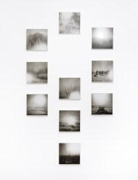 Ettore Frani, Luce che si fa vena (polittico), 2017, olio tu tavola laccata, dimensioni totali variabili, 40x40 cm ciascun elemento, Foto Paolo Vandrasch