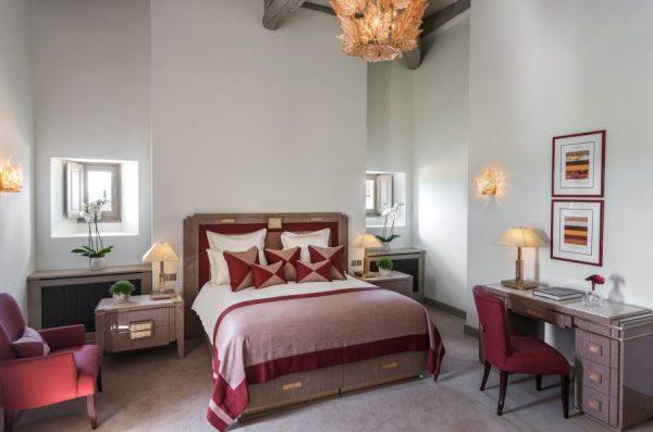 chateau-lafaurie-peyraguey-hotel-26-900x596