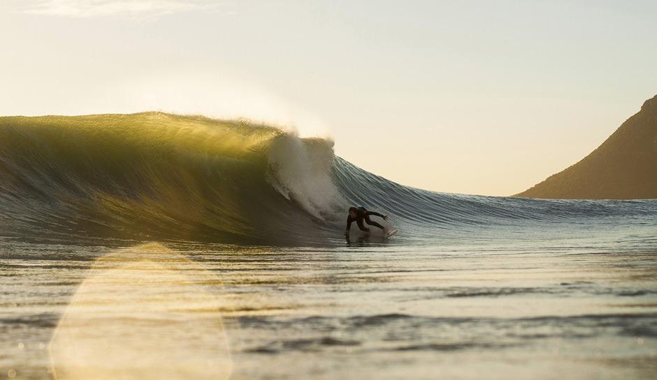estrada-alex-dive-matakan-island-surf-new-zealand-MG_8392