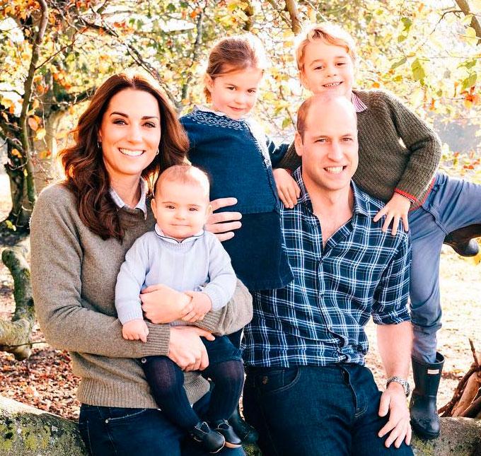 Cartões de Natal da Família Real são divulgados - e você vai ficar