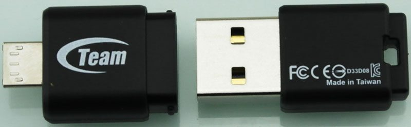 TeamGroup_M131_Dual_USB2_Flashdrive-Photo-Plug_Apart_rear