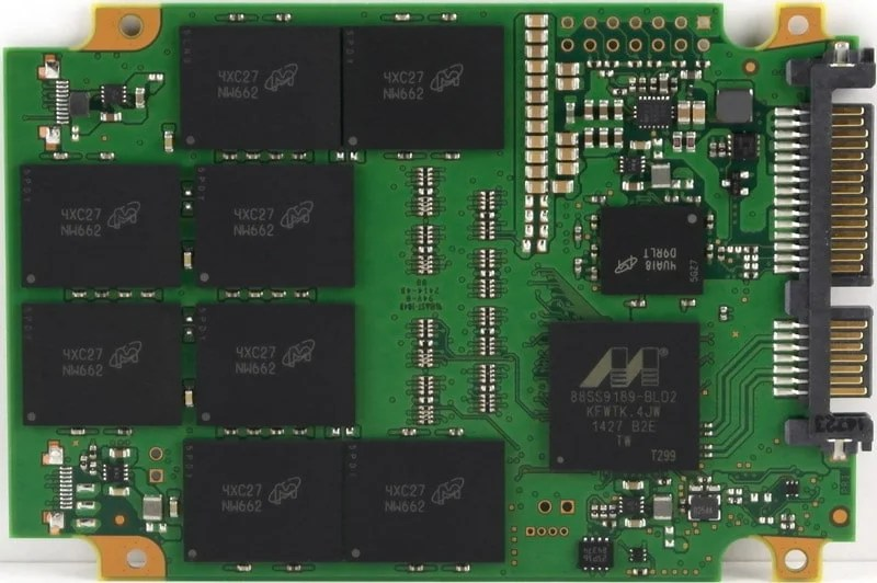 Crucial_MX200_1TB-Photo-pcb-top