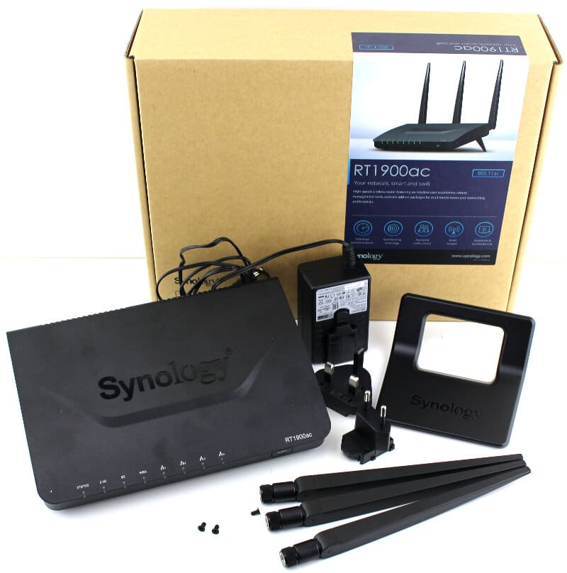 Synology-RT1900ac-Photo-box with content RT1900ac