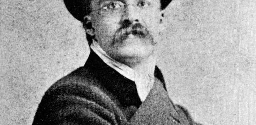 Nietzsche1871-900x700
