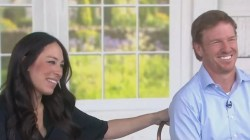 Staggering Chip Joanna Gaines Are Battling It Out Over A Baby Joanna Gaines New Baby Name Joanna Gaines Baby Boy Name