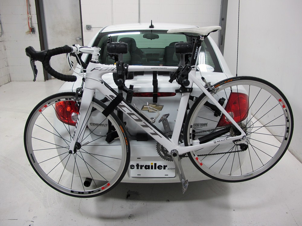 Hollywood Racks Trunk Bike Racks For Toyota Prius 2000