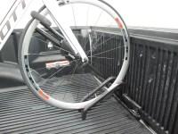 Thule Insta-Gater Truck Bed Single Bike Rack Thule Truck ...