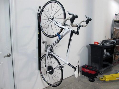 Compare Saris Bike Trac Vs Etrailercom
