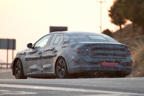 official-talisman-is-the-name-of-the-renault-laguna-successor-will-debut-on-july-6th_6