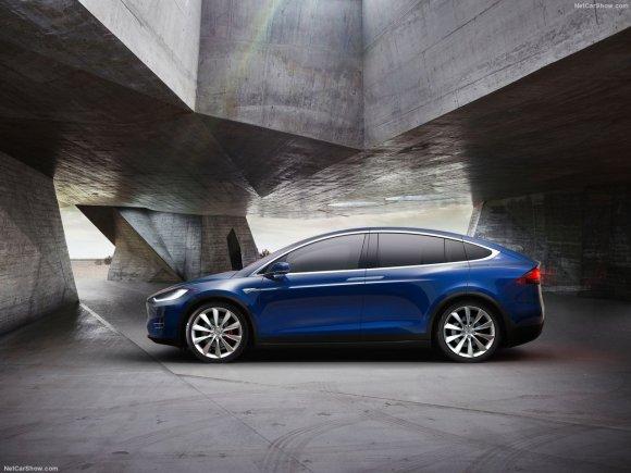 Tesla-Model_X_2017_1280x960_wallpaper_04