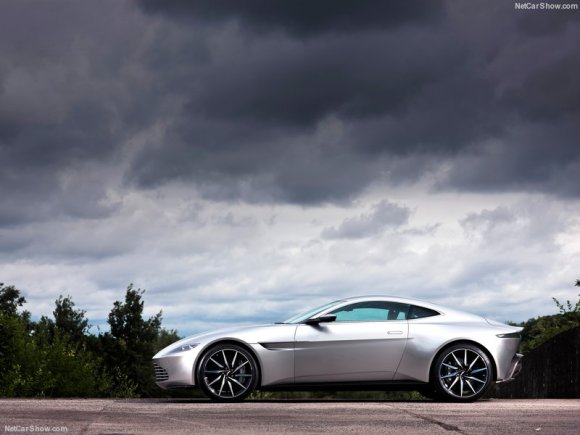 Aston_Martin-DB10_2015_800x600_wallpaper_05