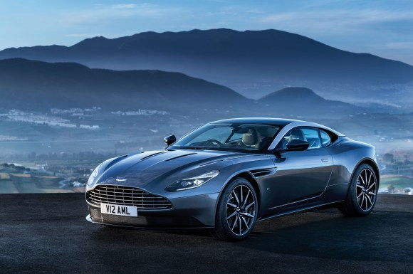 Aston-Martin-DB11_CS2