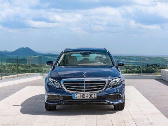Mercedes-Benz-E-Class_Estate-2017-1280-24