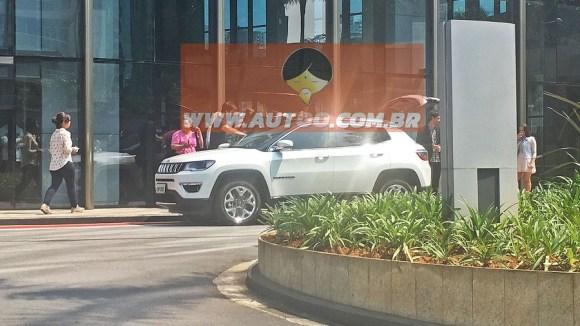 2017-jeep-compass-spy-photo-3
