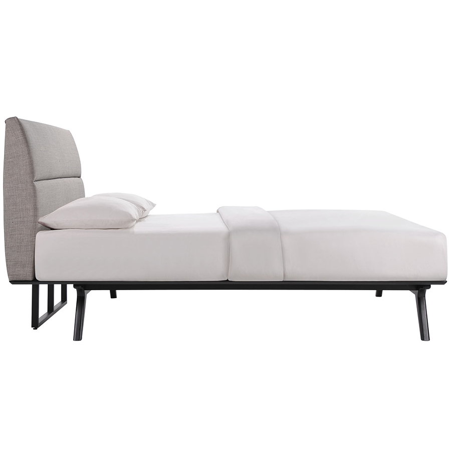 queen bed side view
