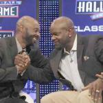 NFL greats Jerry Rice (r) & Emmitt Smith congradulate each other