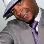 damon_wayans(2010-hat-smile-med-big)