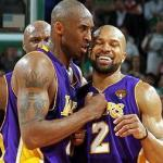 Lamar Odom (back), Kobe Bryant & Derek Fisher savor Lakers' game 3 win