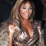 lil_kim(2011-fur-shoulder-med-wide)
