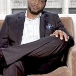 luther_campbell(2011-sitting-on-sofa-med-wide-big-ver)