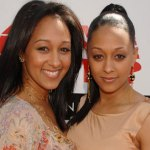 mowry-twins