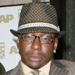bobby_brown(2011-suit-hat-big-ver-upper)