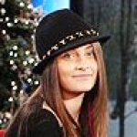 paris-jackson-and ellen crop