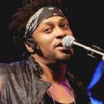 dangelo(2012-bonnaroo-med-wide-upper)
