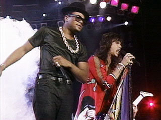 DMC and Steven Tyler perform &quot;Walk this Way&quot; at the 1987 MTV Video Music Awards