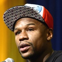 Floyd Mayweather Strikes Back After Public Humiliation ... Kinda, Sorta
