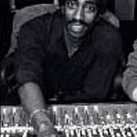 Pioneering Hip Hop Producer Larry Smith Dies at 63