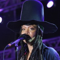 Erykah Badu on Azealia Banks Beef: 'We Can Spiral Out of Control With Style'