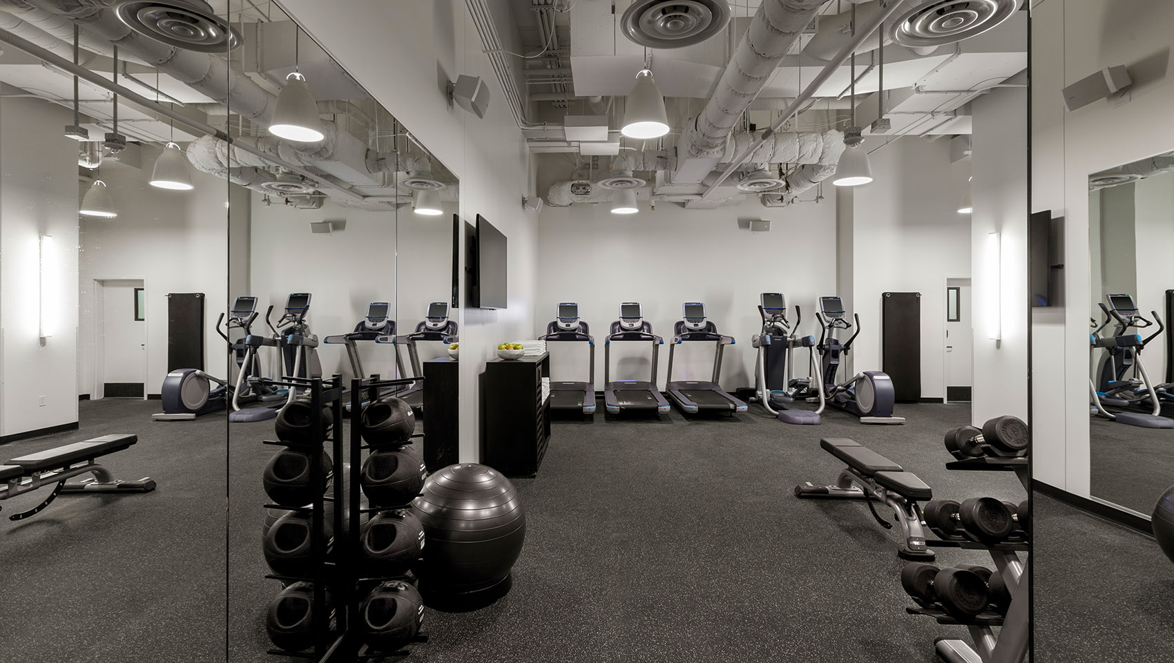 Hotel Fitness Center The Kimpton Everly Hotel